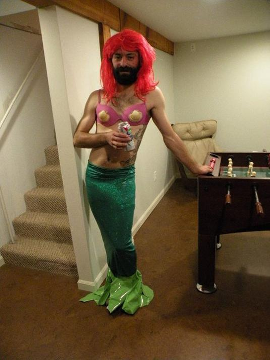 merman-halloween-costume-fail