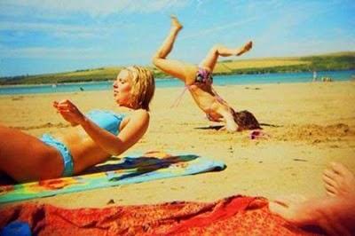 beach_goes_wrong_01