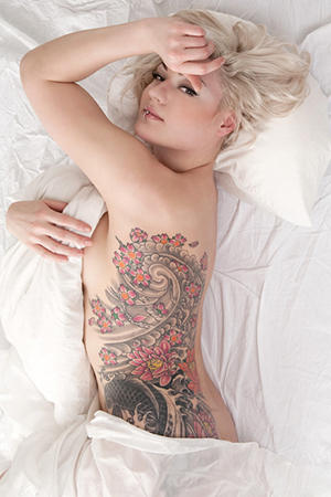 sexy-tattoo-design-rib-tattoo-girl-21