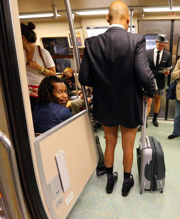 GAATJ102_No_Pants_Subway_Rides_Georgia