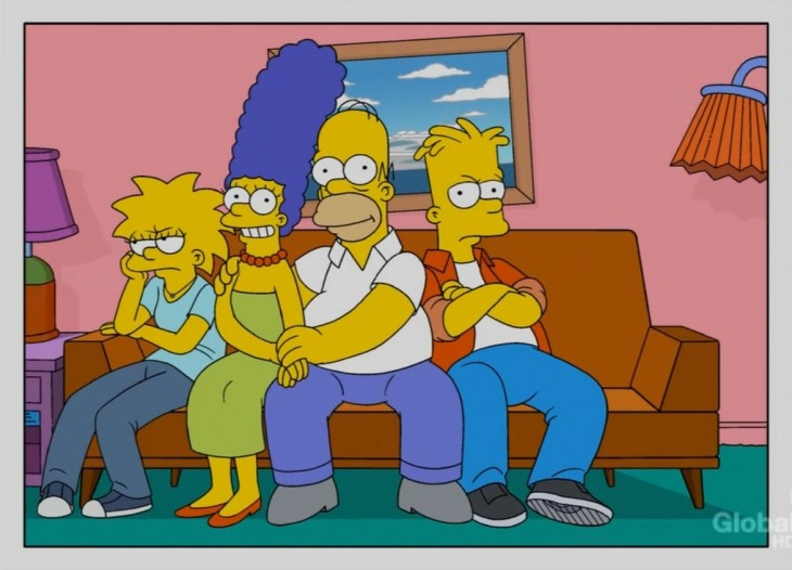Simpson-sofa-sin-Lisa-730x526