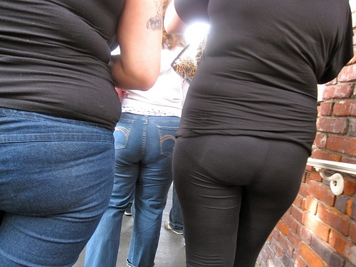 awful-leggings-9041511444